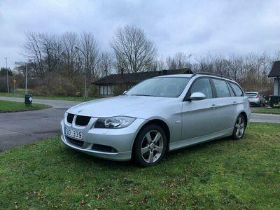 begagnad BMW 318 i Touring Advantage 129hk