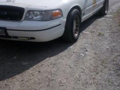 begagnad Ford Crown Victoria Police interceptor -03