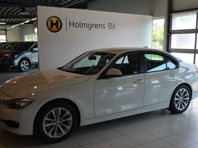 begagnad BMW 328 i Sedan Aut Drag Helljusassistent