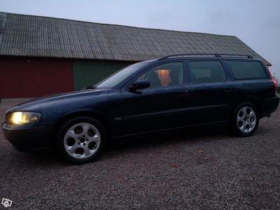 begagnad Volvo V70 D5 - 04 -04