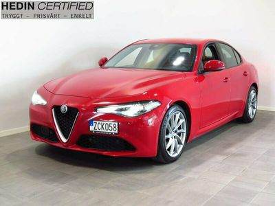begagnad Alfa Romeo Giulia dealer