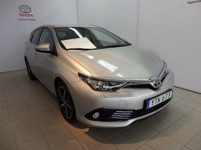 begagnad Toyota Auris 1,2T 5-D MAN INTENSE EDITION