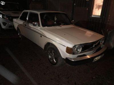 begagnad Volvo 142