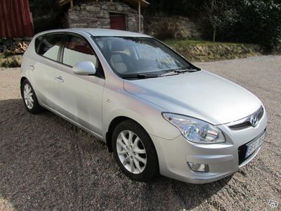 begagnad Hyundai i30 CRDI -08