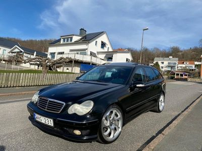 begagnad Mercedes C32 AMG AMGT Låga mil