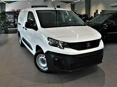 begagnad Peugeot Partner Pro L2 3,9m3 BlueHDi 130 EAT8 S&S