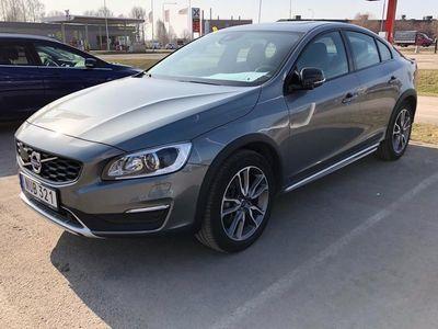 begagnad Volvo S60 CC D4 AWD Summum BE PRO