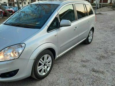 begagnad Opel Zafira