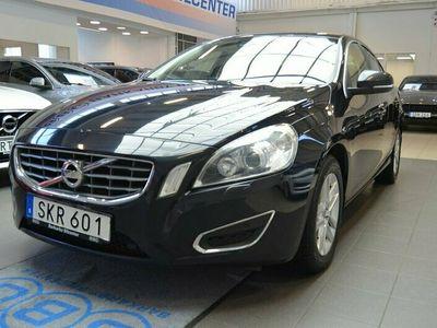 begagnad Volvo S60 D3 Momentum BE / Navi / 1 Ägare