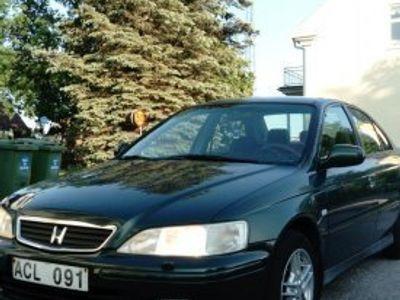 begagnad Honda Accord Sedan 2.0 VTECH -99