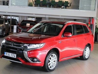 begagnad Mitsubishi Outlander P-HEV 2.4 Laddhybrid 4WD Business