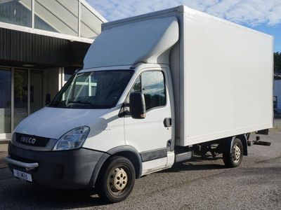 begagnad Iveco Daily 35S18