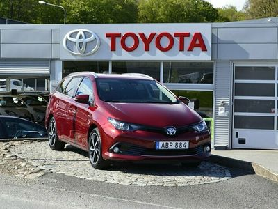 begagnad Toyota Auris 1.8 Touring Sports Touch & Go Edition 136hk