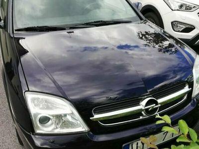 begagnad Opel Vectra KO 2.2 ELEG.