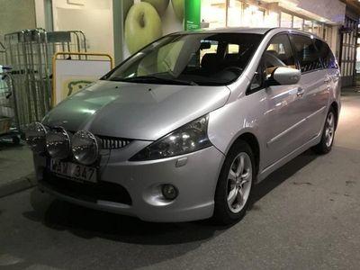 begagnad Mitsubishi Grandis 2.4