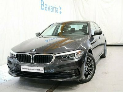 begagnad BMW 530 e xDrive iPerformance Sedan Sportline Nav Dragkrok HiFi Nypris 613 800-