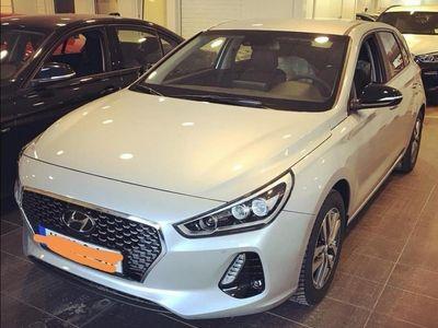 begagnad Hyundai i30 premium lounge edition 1.4