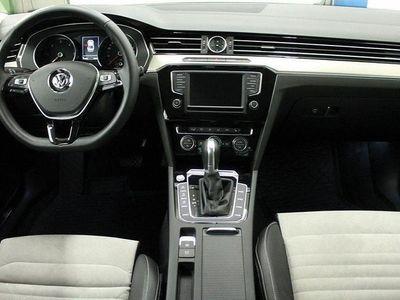 begagnad VW Passat Sedan TDI 190hk DSG 4M GT / DRAG VÄRMARE