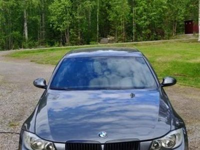 begagnad BMW 320 d Automat