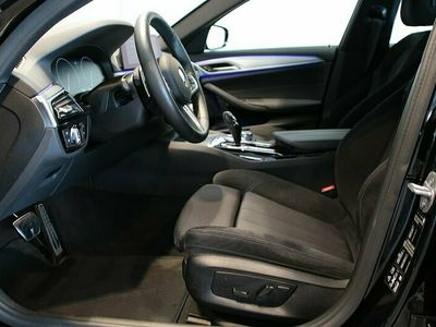 begagnad BMW 530 i xDrive Sedan Aut M-Sport Värmare Nav Nypris 630.600:-