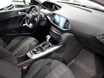 begagnad Peugeot 308 SW Allure+ 1,6 BlueHDi 120hk Automat - NYBILSGARANTI
