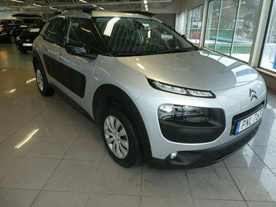 begagnad Citroën C4 Cactus 1.2 PureTech Euro 6 SHINE 2016, Halvkombi Pris 94 900 kr