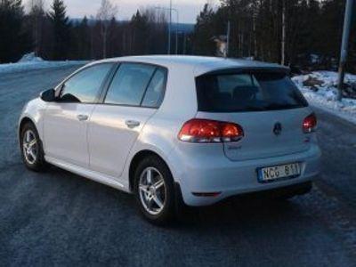 begagnad VW Golf 1,6 TDI Dark label 5dr -13