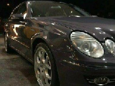 begagnad Mercedes E320 211CDI