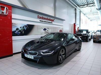 begagnad BMW i8 Hybrid Svensksåld 2016, Sportkupé 829 000 kr