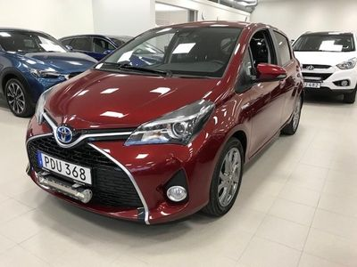 begagnad Toyota Yaris Hybrid 1,5 Intense Edition