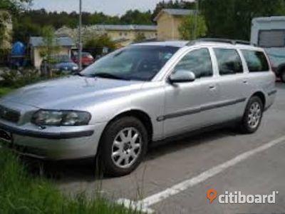 begagnad Volvo V70 2003 140 hk automat