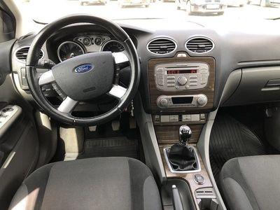 gebraucht Ford Focus 1.8 GHIA Duratec Flexifuel 125hk -10