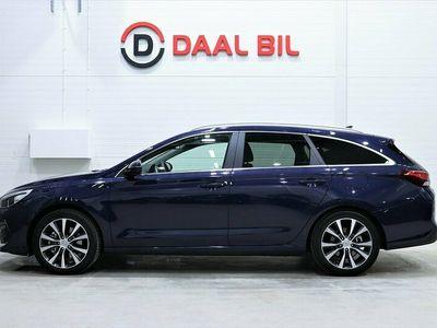 begagnad Hyundai i30 1.4 140HK NAVI KAMERA M-VÄRMARE NYBILSGARANTI