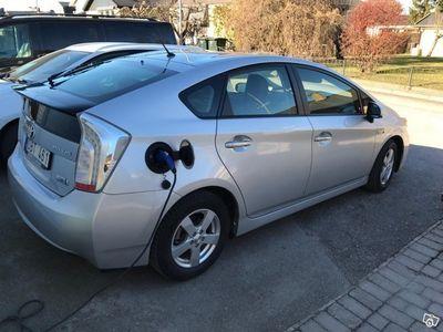 begagnad Toyota Prius Plug-in -14