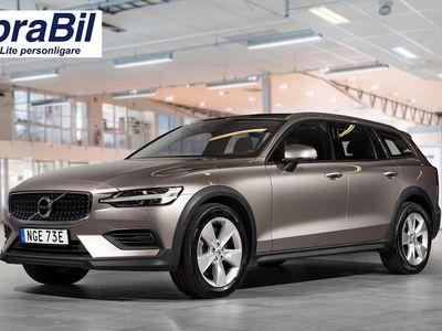 begagnad Volvo V60 CC D4 AWD Edition 2019, Kombi 339 900 kr