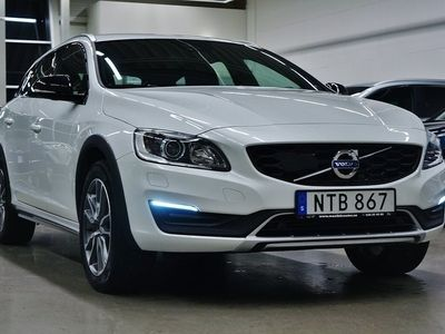 begagnad Volvo V60 CC D4 Summum Business Advanced Drag 190hk