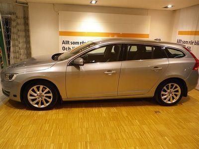 begagnad Volvo V60 D5 Momentum manuell Business E PRO