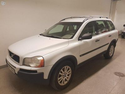 used Volvo XC90 D5 AWD Automat Momentum 7-sits 163 -05