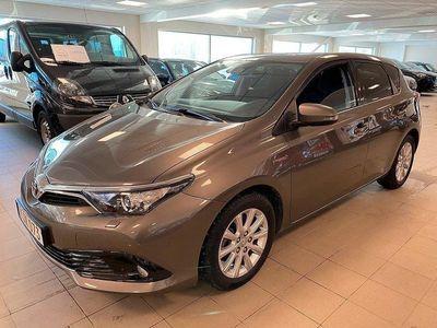 begagnad Toyota Auris Hybrid 5-D INTENSE EDITION