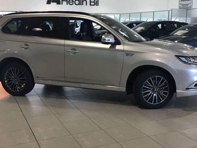 begagnad Mitsubishi Outlander 2,4 PHEV Business X