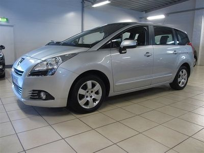 begagnad Peugeot 5008 Active 1,6 e-HDi MCP Automat 5-sits/ Dragkrok