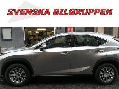 begagnad Lexus NX300h AWD 2.5 Luxury Navi LM S V 2018, SUV 309 900 kr