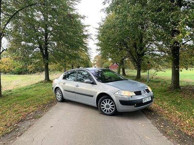 begagnad Renault Mégane Sedan 1.6 113hk bra skick -04