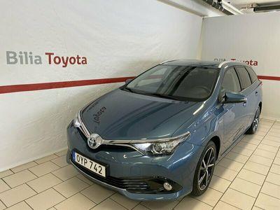 begagnad Toyota Auris Touring Sports Hybrid 1,8 INTENSE EDITION