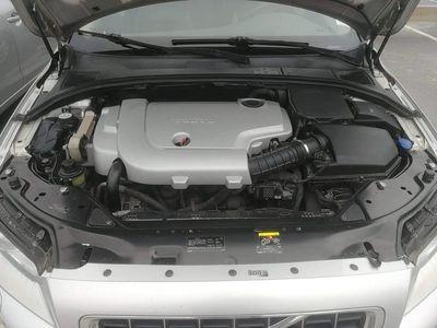begagnad Volvo V70 Momentum Mvärme med tidur,Dragkok