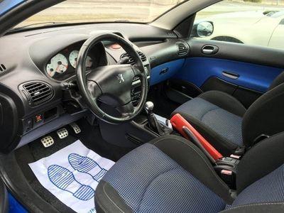 begagnad Peugeot 206 CC 206