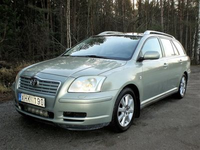 begagnad Toyota Avensis 2.0 Aut Dragk Nybes 31-03 2021