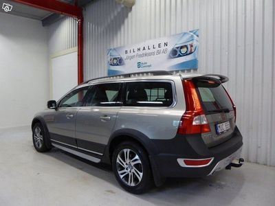 begagnad Volvo XC70 D-4 163 HK AUT AWD MOMENTUM