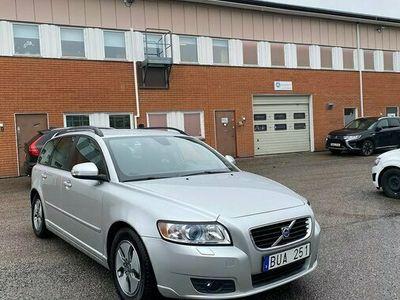 begagnad Volvo V50 1.6 D 109hk Momentum 15800 mil Toppskick