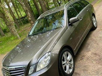 begagnad Mercedes E200 212 KCDI
